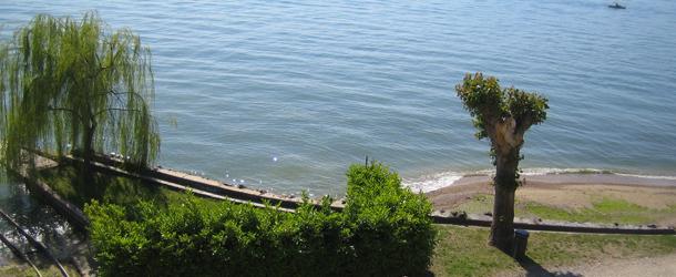 Villa Sofia Ferienwohnungen Direkt Am See In Lazise Am