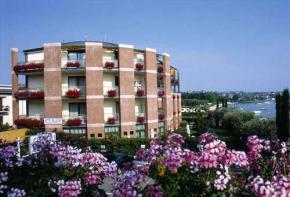 hotel du lac bardolino