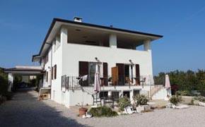 Villa Corbelar Ferienwohnungen Appartement Pool Lazise Gardasee